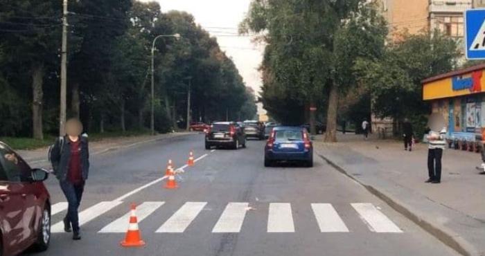 У Рівному автівка збила жінка, яка переходила дорогу