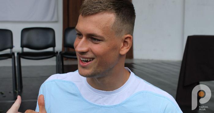 Невідомі факти про призера Олімпійських ігор-2020, плавця Михайла Романчука