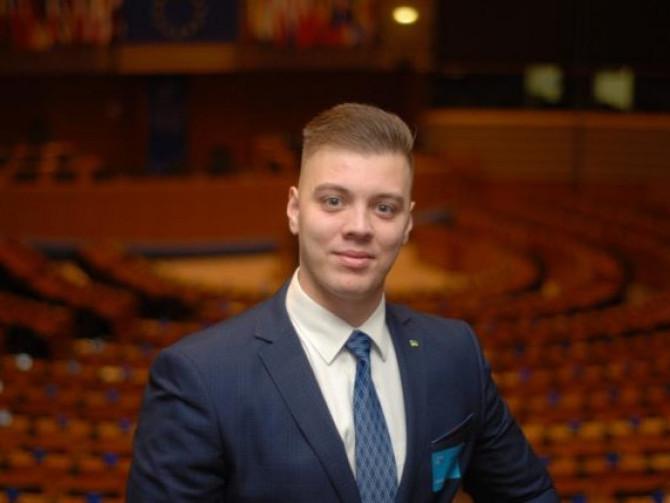 Максим Волович